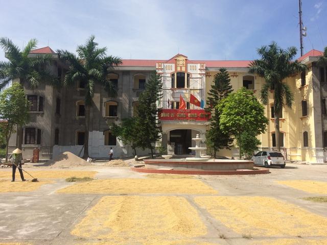 Trụ sở UBND xã Tam Sơn khá quy mô, hoành tráng