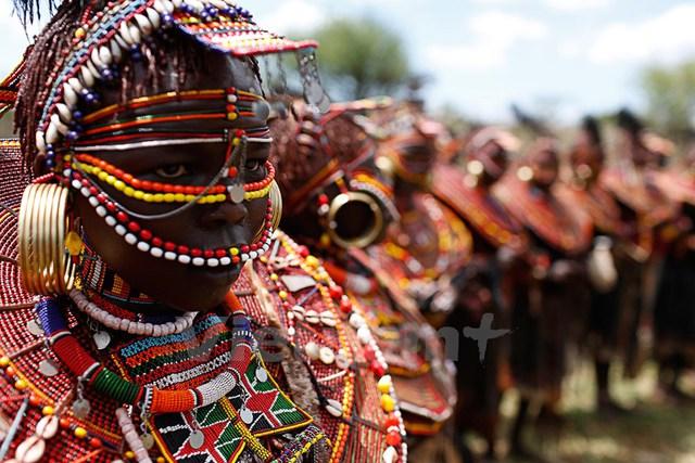 Các bé gái Pokot trong lễ trưởng thành. Ảnh: Siegfried Modola/Reuters