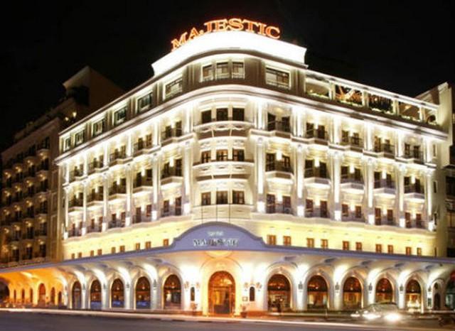 Khách sạn Majetic là một trong những công trình từng thuộc sở hữu của đại gia bất động sản Hứa Bổn Hòa.