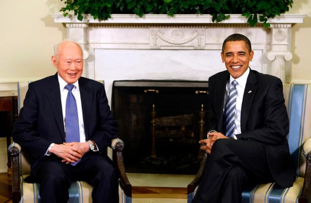 CUộc gặp giữa ông Lý Quang Diệu và Tổng thống Obama tại Nhà Trắng vào tháng 10 năm 2009, khi ông giữ chức vụ đặc biệt - Bộ trưởng cố vấn của Singapore.