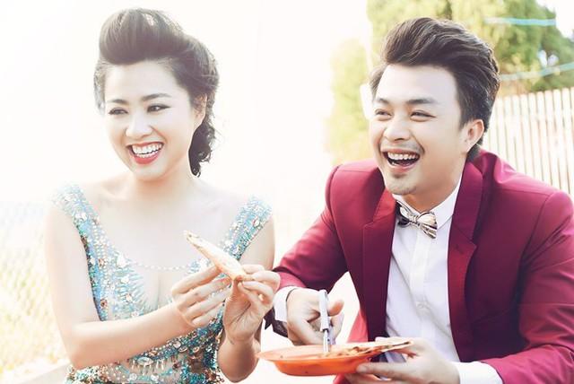 Năm 2014, Lê Khánh đánh dấu mối tình kéo dào 12 năm với nam diễn viên Tuấn Khải bằng một đám cưới hạnh phúc. Hiện tại, song song với hoạt động nghệ thuật, nữ diễn viên còn cùng chồng kinh doanh quán ăn.