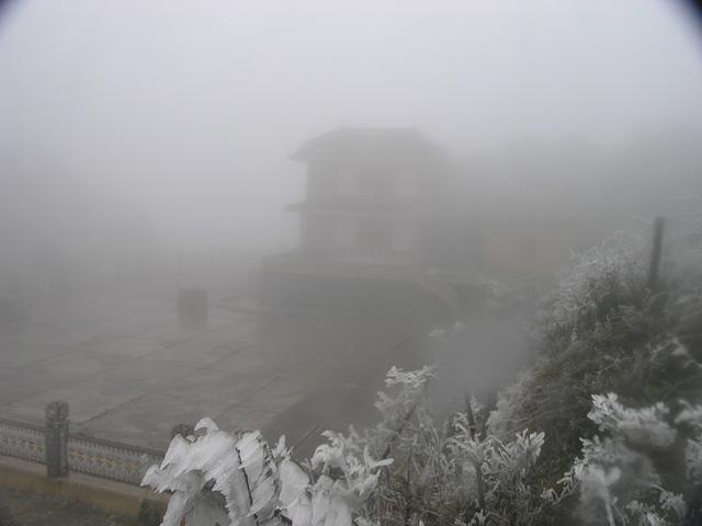 Tuyết rơi là đặc sản du lịch của Sa Pa. (Ảnh: Ngọc Triển)