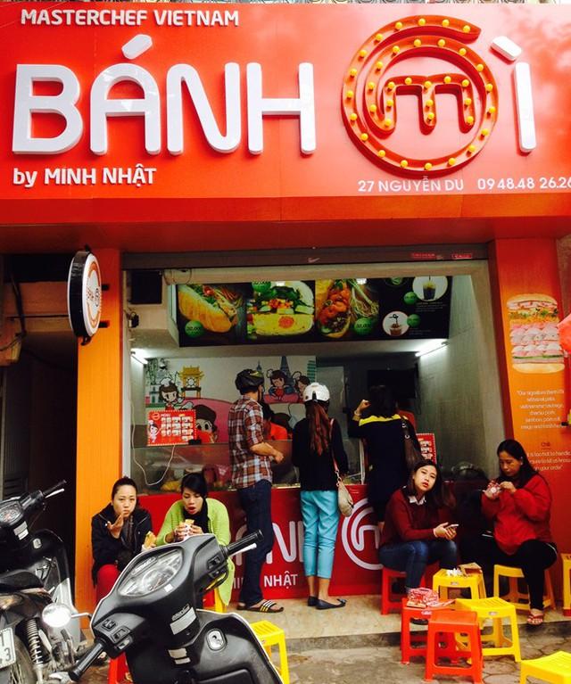Cửa hàng bánh mì của Vua đầu bếp Minh Nhật rất đông khách.