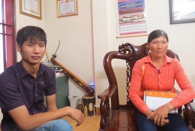 Bà Đặng Thị Thanh và con trai nghi ngờ Công ty Việt Nhật lừa đi XKLĐ