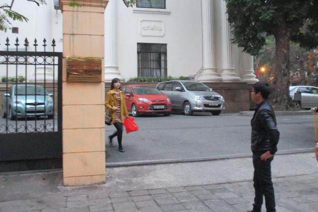 Người dân đang chờ kết quả xử lý của Bộ Công Thương trước các sai phạm trong thi tuyển công, viên chức (ảnh minh họa).  Ảnh: Mai Nguyễn