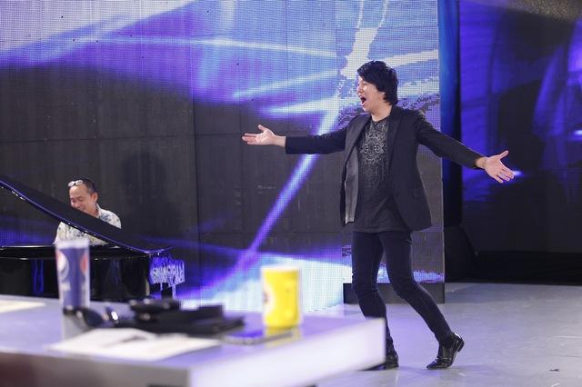 Sự vui nhộn của Thanh Bùi được đạo diễn Quang Dũng đặt cho biệt danh giám khảo tăng động