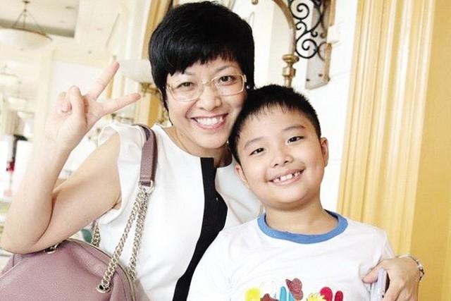 MC Thảo Vân và con trai (ảnh nhân vật cung cấp).