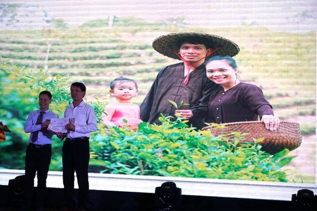 Tác giả Chu Hồng Đông (Thái Nguyên) nhận giải Khuyến khích của cuộc thi với tác phẩm Cô con gái xứ chè