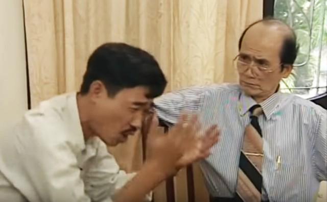 Nghệ sĩ Phạm Bằng và Quốc Khánh trong loạt tiểu phẩm Chuyện của sếp trong Gặp nhau cuối tuần. Ảnh: VTV.