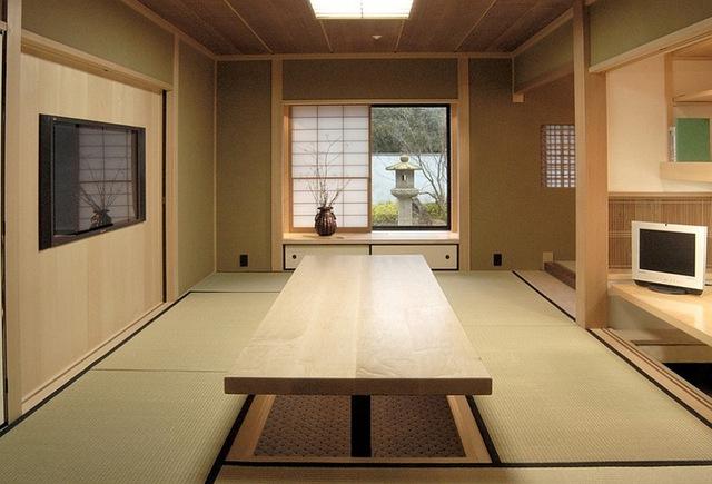 Hoặc sử dụng chiếu Tatami cho những khu vực chính.