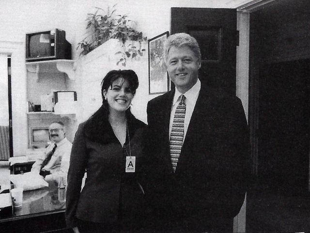 Monica Lewinsky (trái) và cựu Tổng thống Bill Clinton.