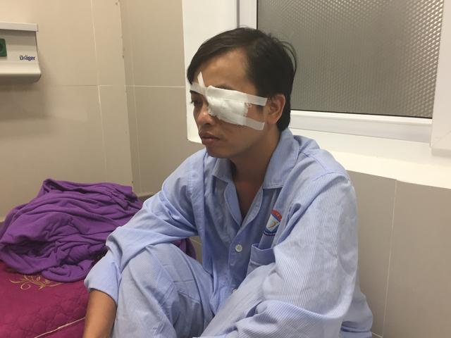 BS Sơn bị hành hung, đã bị bất tỉnh, chảy máu vùng mặt, nôn ói... Ảnh: TL