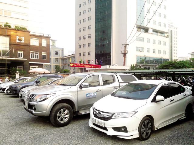 Xe i10 là một trong những dòng xe giá rẻ được nhập về Việt Nam với số lượng áp đảo thời gian qua. Ảnh: TL