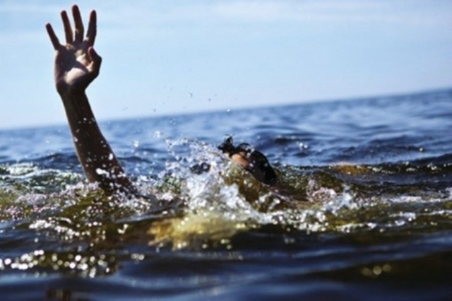 Vụ đuối nước khiến hai cậu cháu đều là học sinh lớp 8 trường THCS Hiệp Hoà chết thảm. Ảnh minh hoạ