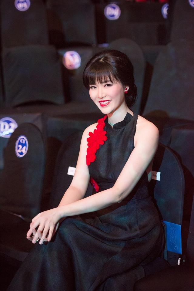 Hoa hậu Thu Thủy giành ngôi vị Hoa hậu Việt Nam năm 1994.