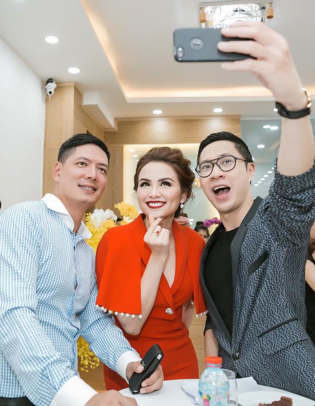 Bình Minh, Diễm Hương cùng lưu lại khoảnh khắc đẹp