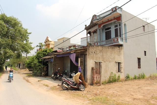 Ngôi nhà buồn ảm đạm của gia đình nạn nhân tại thôn Chi Đoan, xã Cộng Hòa. Ảnh: Đ.Tùy