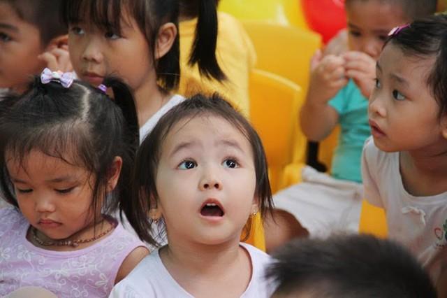 Giáo dục ở Việt Nam cả ở gia đình, trong trường học và ngoài xã hội có những điều ngược đời... (Ảnh chỉ mang tính minh họa - Đinh Quang Tuấn)