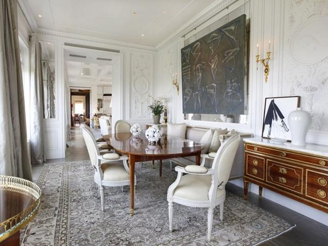 Căn hộ này thuộc quyền sở hữu của tỷ phú Howard Marks, chủ tịch tập đoàn Oaktree Capital.