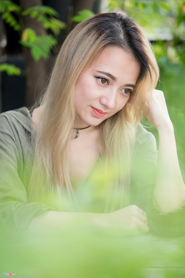 Xuân Nghi không tiếc nuối khi sang Mỹ định cư, học tập và quyết định ở lại làm việc sau khi tốt nghiệp. Ảnh: Nguyễn Thành.