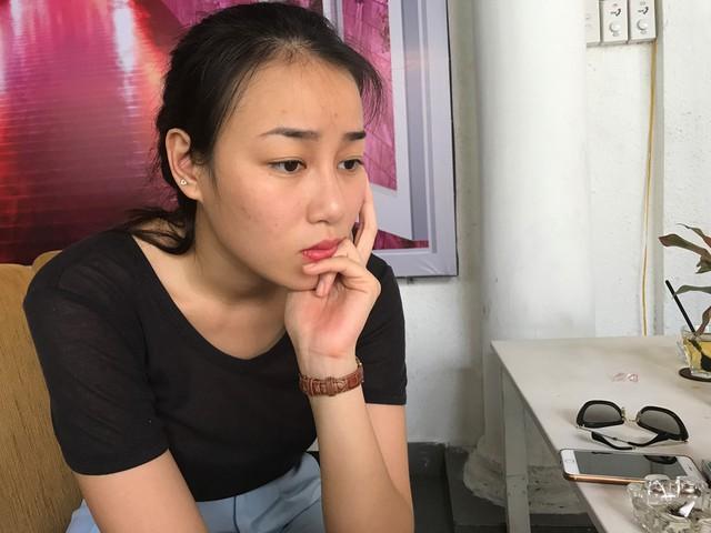 Minh Trang buồn rầu trong buổi gặp phóng viên. Ảnh: Hải Thanh.