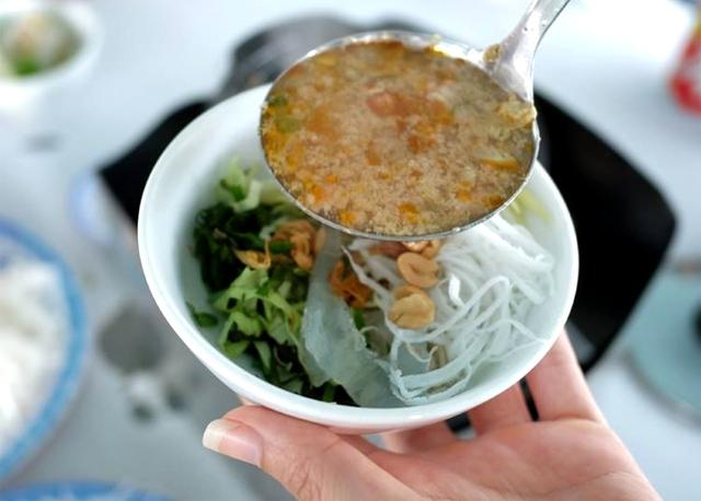 Sứa nước lèo đặc sản Quy Nhơn ăn bao nhiêu cũng không thấy ngán