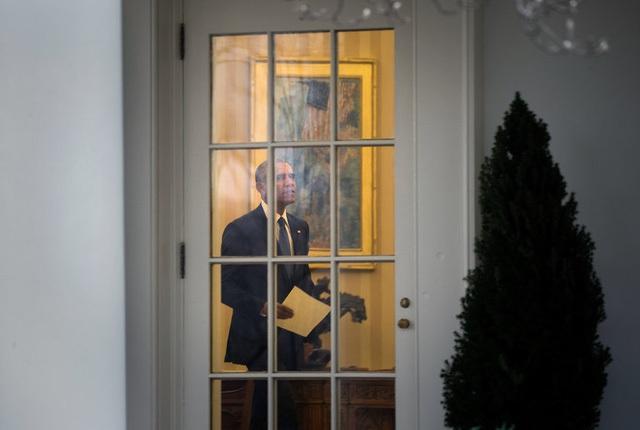 Cựu Tổng thống Mỹ Barack Obama tại phòng Bầu Dục vào buổi sáng ngày 20/1 trước khi rời Nhà Trắng. (Ảnh: NYTimes)