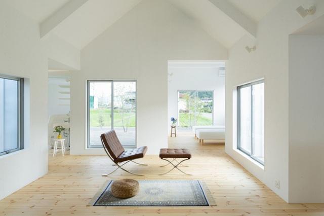 Không gian nhà mang phong cách tối giản dễ khiến mọi người cảm thấy vui vẻ, hạnh phúc hơn.