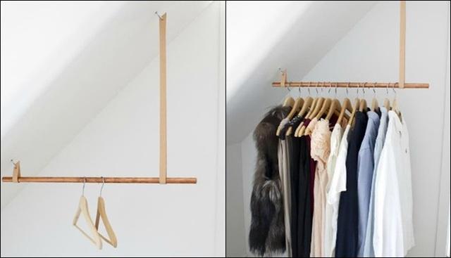 Phòng ngủ chật đến nỗi không có chỗ đặt tủ quần áo ư? Chuyện nhỏ. Một thanh gỗ tròn hoặc ống mạ kẽm hay ống đồng, hai đoạn dây treo bằng da cùng đinh vít, thế là một góc siêu nhỏ của phòng cũng trở thành nơi cất trữ quần áo gọn ghẽ rồi.