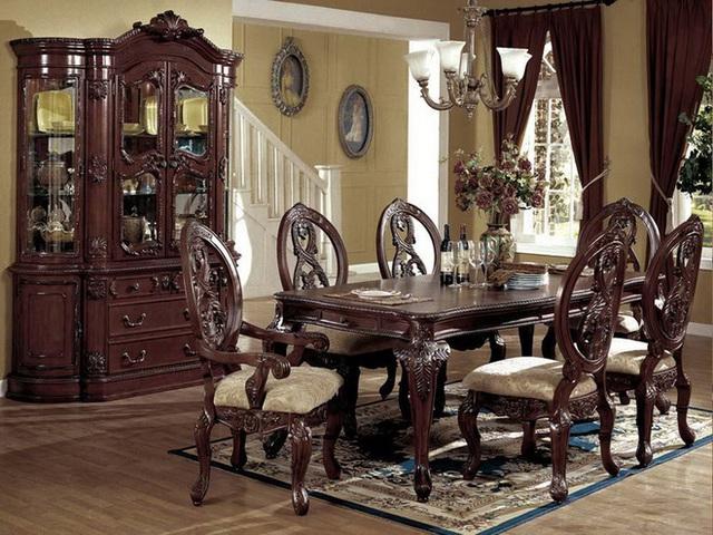 3. Đối với một phòng ăn sáng mộc mạc hơn và nhẹ nhàng hơn, hãy chọn một tấm thảm tươi mới hơn và có ý nhắc nhở bạn về một ngày hè đầy nắng. Sắc thảm màu vàng chắc chắn sẽ phù hợp trong không gian mùa hè và là sự bổ sung tuyệt vời cho phòng ăn với các chất liệu bằng gỗ màu tối.