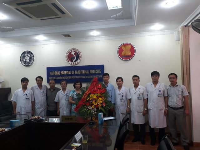 Hội đồng nghiệm thu và Đại diện nhãn hàng Boni-Smok