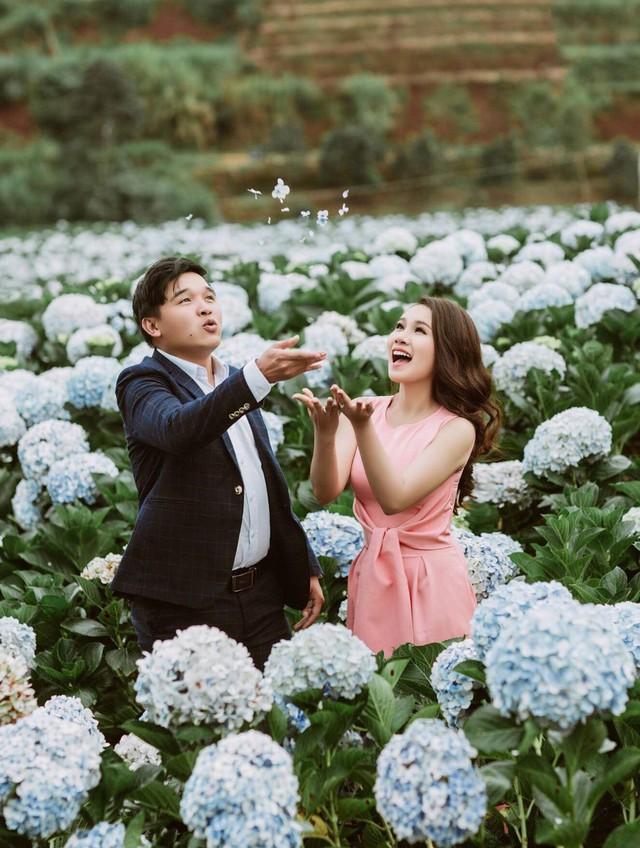 Cặp đôi mới thực hiện bộ ảnh cưới tại Hội An và nơi bắt đầu yêu - Đà Lạt.