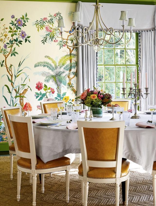 6. Vẽ tranh trên tường cũng là ý tưởng thú vị mang đến nét đẹp độc đáo và vui nhộn cho không gian ăn uống của gia đình.
