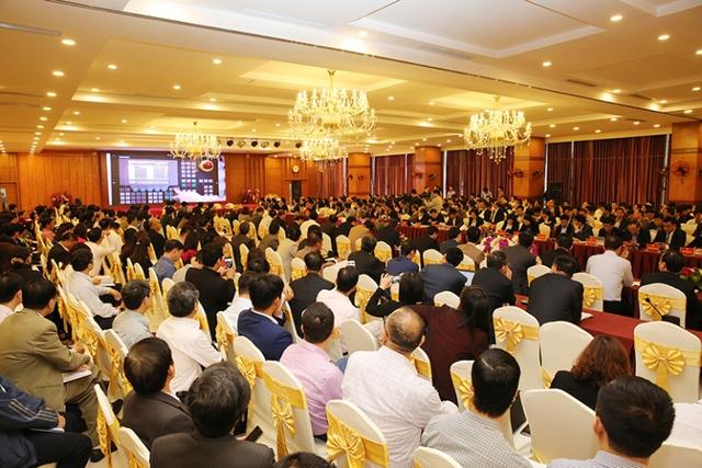 Gần 600 doanh nghiệp tỉnh Quảng Ninh dự hội nghị gặp gỡ, tiếp xúc. Ảnh: Đ.Phương