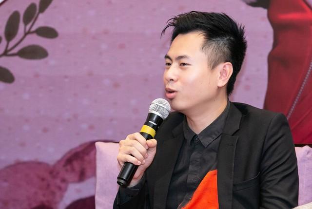 Dương Cầm phản đối cách đặt nhan đề bài hát kiểu câu khách.