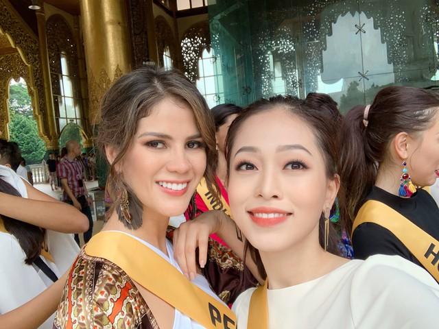 Đại diện Việt Nam chiếm được cảm tình của nhiều người đẹp quốc tế