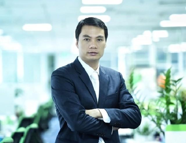 Chồng Á hậu Thanh Tú trải qua nhiều nghề trước khi trở thành một doanh nhân thành đạt