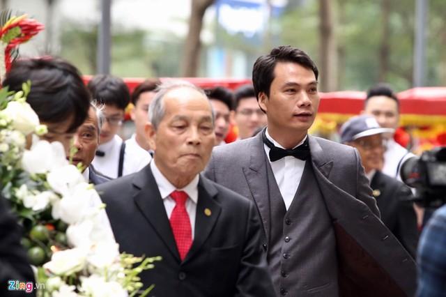 Chồng sắp cưới của Á hậu Thanh Tú là CEO một tập đoàn lớn