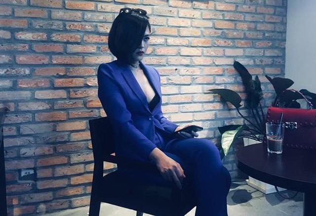 Tạo hình của Thu Quỳnh trong phim Quỳnh Búp Bê.
