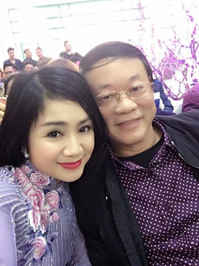 Ở tuổi 50, sắc đẹp của nữ diễn viên Thu Hà vẫn làm nhiều người đắm say.