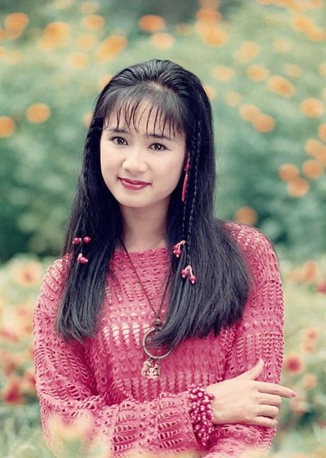 Trong suốt những năm 1990, Thu Hà được cho là mỹ nhân xinh đẹp nhất điện ảnh Việt.