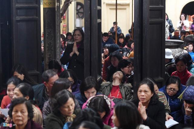 Mỗi tháng nhà chùa cúng giải hạn khoảng 2 - 3 lần. Riêng ngày 14 tháng Giêng sẽ làm lễ cầu an cả năm cho mọi gia đình.