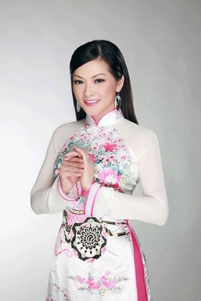 Nữ ca sĩ hải ngoại Như Quỳnh.