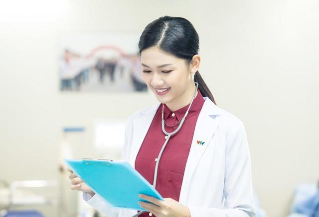 Á hậu Ngô Thanh Thanh Tú trong vai trò mới ở VTV24