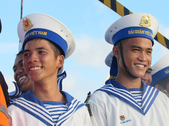 Nụ cười lính đảo Sơn Ca