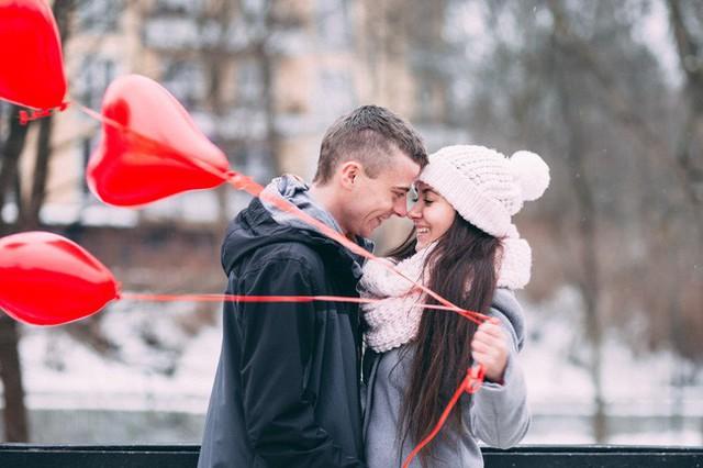 Người đàn ông yêu bạn thực lòng sẽ thẳng thắn nói cho bạn biết điều đúng,sai. (Ảnh minh họa).