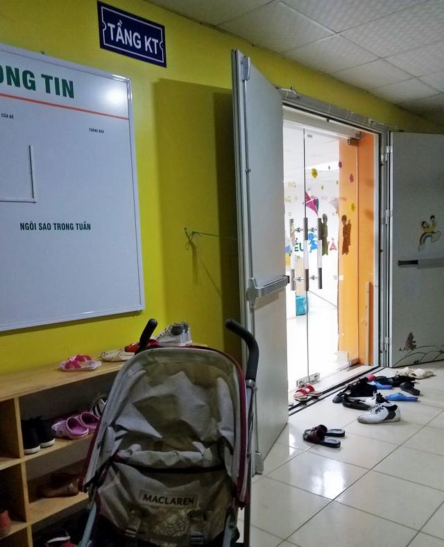 Tầng kĩ thuật của tòa nhà SDU (143 Trần Phú, quận Hà Đông, TP Hà Nội) trở thành nơi giảng dạy của Trường mầm non Cánh Diều Vàng, vi phạm quy định về PCCC.