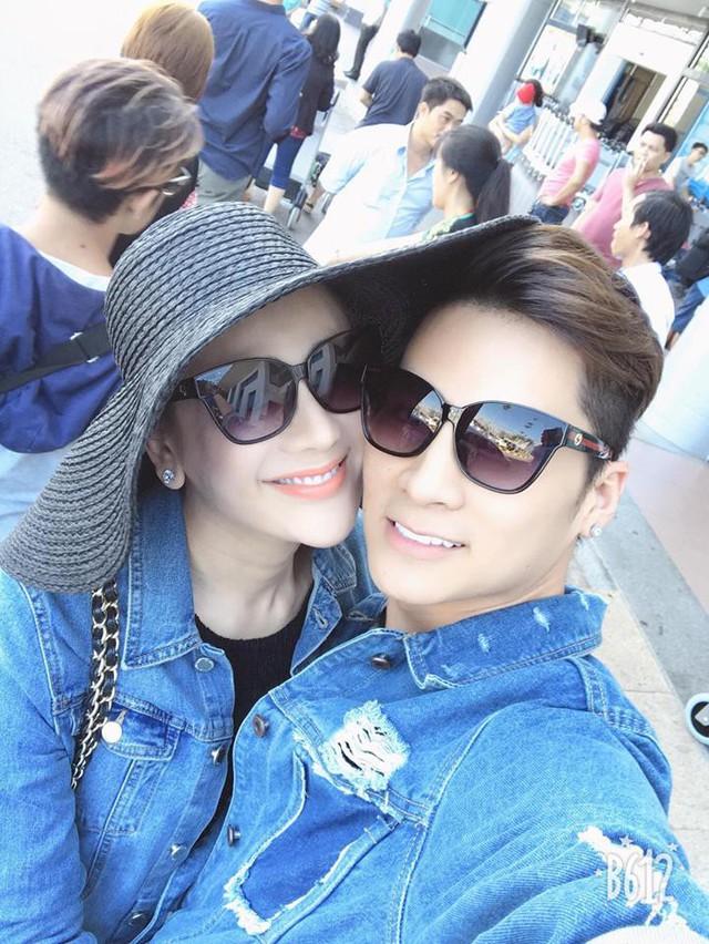 Vợ chồng Lâm Khánh Chi luôn có những bức hình vô cùng tình cảm. (Ảnh: FB Lam Khanh Chi)