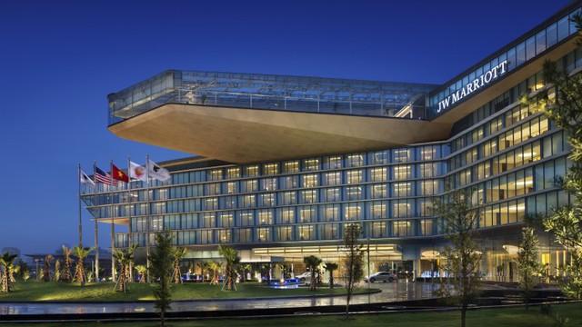 """Khách sạn JW Marriott Hanoi – """"không gian tiệc cưới trong mơ"""" của các cặp đôi"""