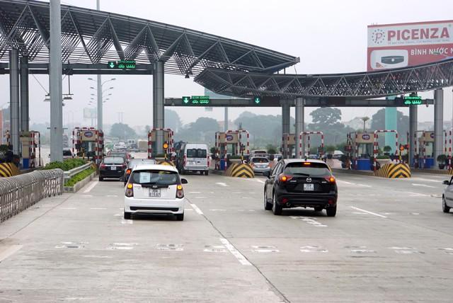 Chủ tịch HHVT ô tô Việt Nam đề nghị gọi đúng tên cho trạm BOT và phải công khai minh bạch về tài chính.